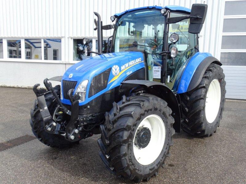 Traktor des Typs New Holland T 5.105, Neumaschine in Burgkirchen (Bild 1)