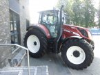 Traktor des Typs New Holland T 5.120 EC FIAT100 in Husum