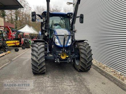 Traktor типа New Holland T 5.140 AC, Neumaschine в Freiburg (Фотография 2)