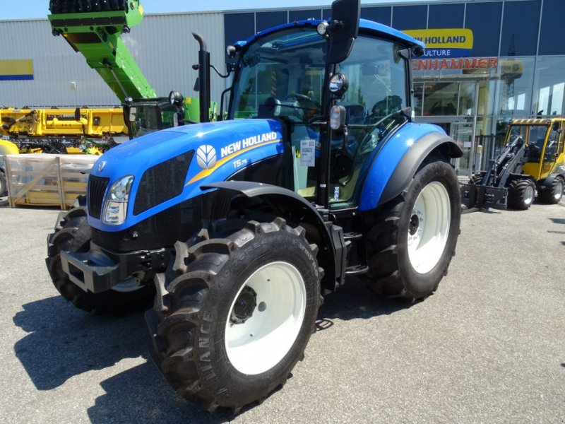 Traktor типа New Holland T 5.75, Neumaschine в Burgkirchen (Фотография 1)