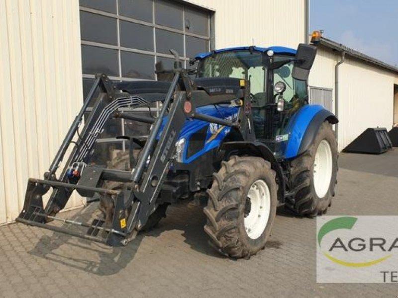 Traktor des Typs New Holland T 5.85 DUAL COMMAND, Gebrauchtmaschine in Grimma (Bild 1)