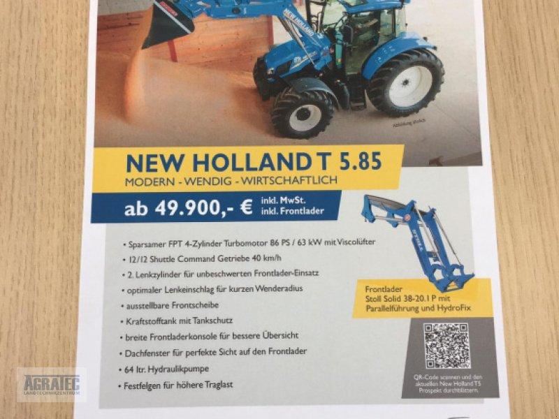 Traktor des Typs New Holland T 5.85, Neumaschine in Salching bei Straubing (Bild 1)