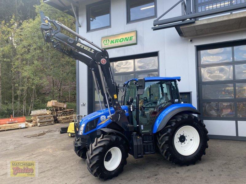 Traktor des Typs New Holland T 5.85, Neumaschine in Kötschach (Bild 1)