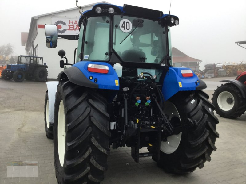 Traktor des Typs New Holland T 5.95 DC, Neumaschine in Fürsteneck (Bild 2)