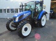 Traktor des Typs New Holland T 5.95, Gebrauchtmaschine in Burgkirchen