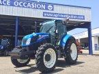 Traktor du type New Holland T 5.95 en Montauban