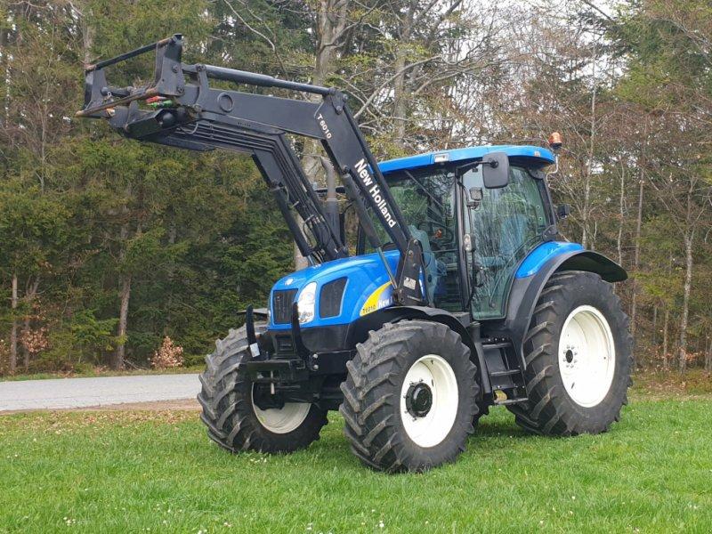 Traktor des Typs New Holland T 6010, Gebrauchtmaschine in Neureichenau (Bild 1)