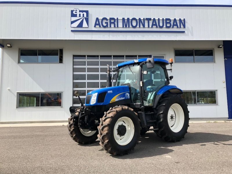 Traktor of the type New Holland T 6020 PLUS, Gebrauchtmaschine in Montauban (Picture 1)