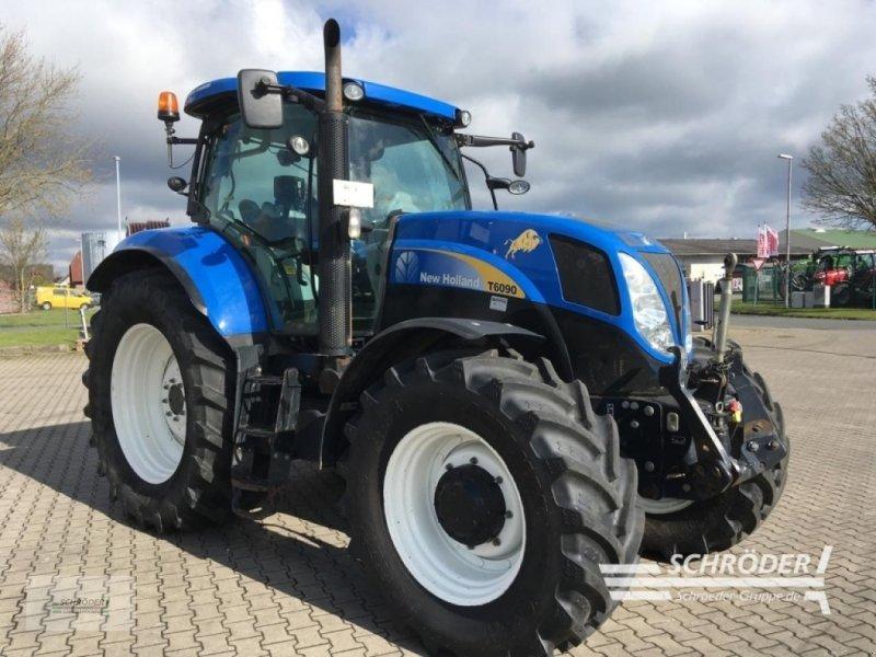 Traktor des Typs New Holland T 6090, Gebrauchtmaschine in Twistringen (Bild 1)