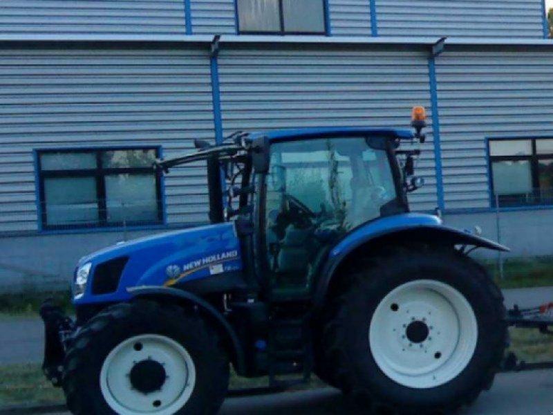 Traktor des Typs New Holland T 6.120, Gebrauchtmaschine in Ulm (Bild 1)
