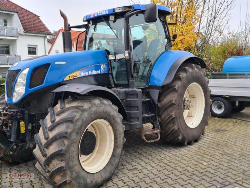 Traktor tip New Holland T 7040 Autocommand, Gebrauchtmaschine in Groß-Umstadt (Poză 1)