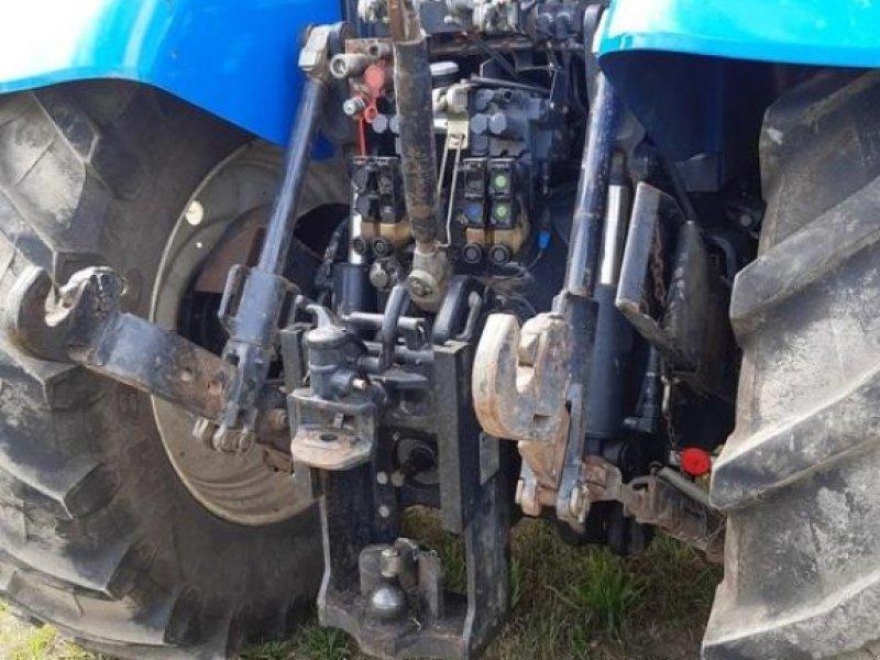 Traktor des Typs New Holland T 7040, Gebrauchtmaschine in Walsrode (Bild 3)