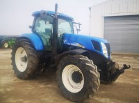 New Holland T 7040 Traktor