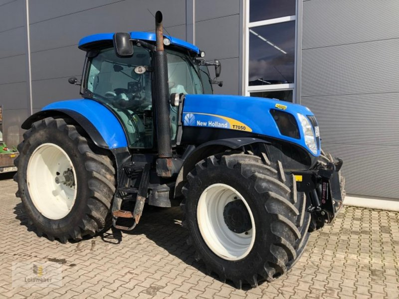 Bild New Holland T 7050 PC
