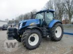 Traktor des Typs New Holland T 7050 PC in Husum