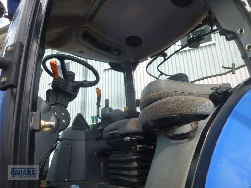 Traktor des Typs New Holland T 7060, Gebrauchtmaschine in Salching bei Straubing (Bild 9)