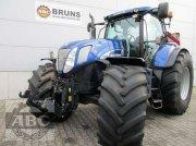 Traktor des Typs New Holland T 7070 AUTOCOMMAND, Gebrauchtmaschine in Cloppenburg