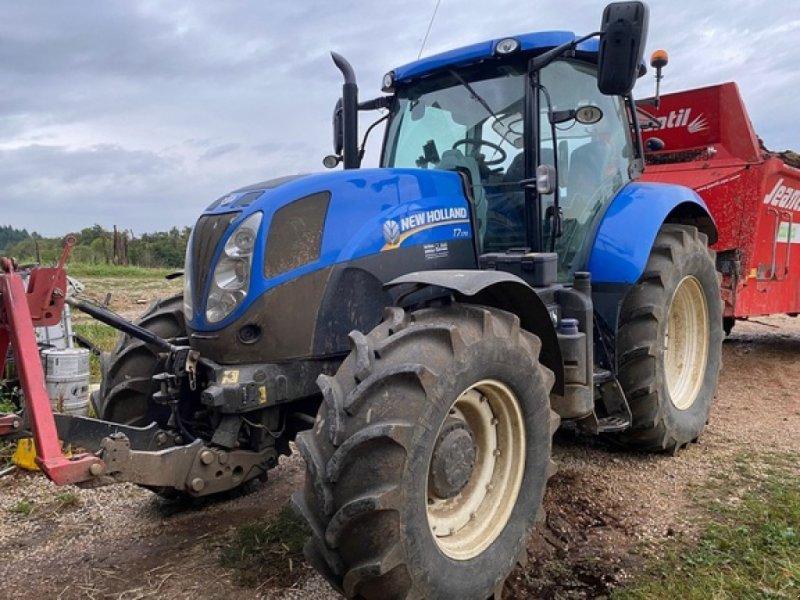 Traktor des Typs New Holland T 7.170, Gebrauchtmaschine in SAVIGNEUX (Bild 1)