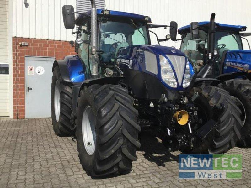 Traktor des Typs New Holland T 7.200 AUTO COMMAND, Gebrauchtmaschine in Heinbockel-Hagenah (Bild 1)