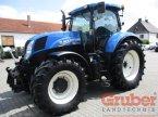 Traktor des Typs New Holland T 7.200 PC in Ampfing