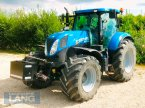Traktor des Typs New Holland T 7.200 in Rottenburg