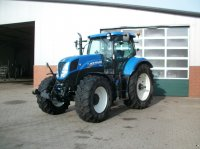 New Holland T 7.210 Powercommand Traktor