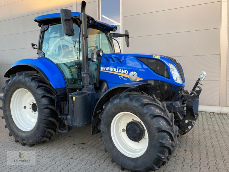 Traktor des Typs New Holland T 7.210 RC, Neumaschine in Neuhof - Dorfborn (Bild 1)