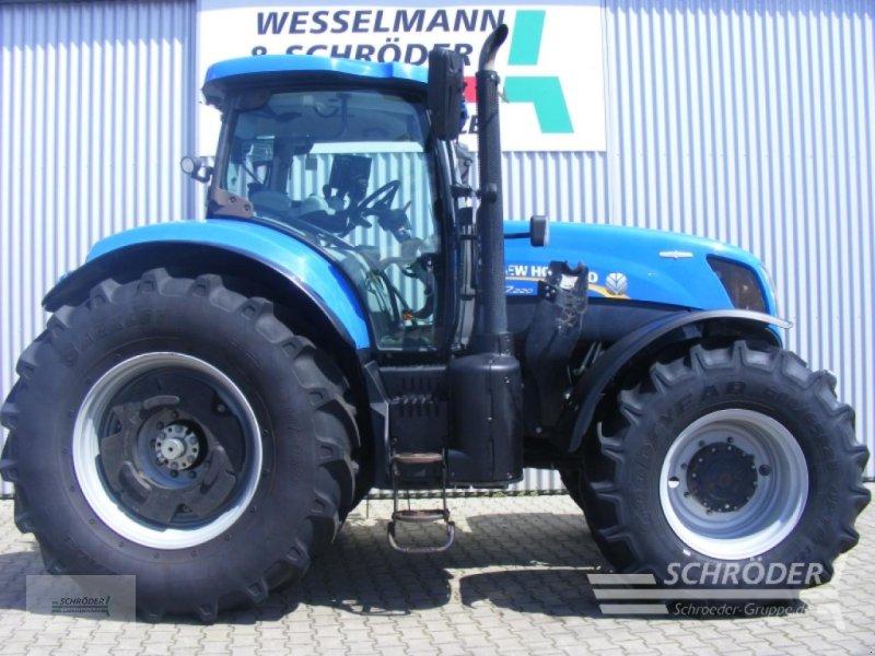 Traktor des Typs New Holland T 7.220 AC, Gebrauchtmaschine in Wildeshausen (Bild 1)
