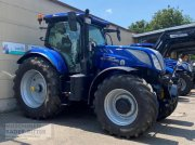 Traktor a típus New Holland T 7.225 AC, Neumaschine ekkor: Freiburg