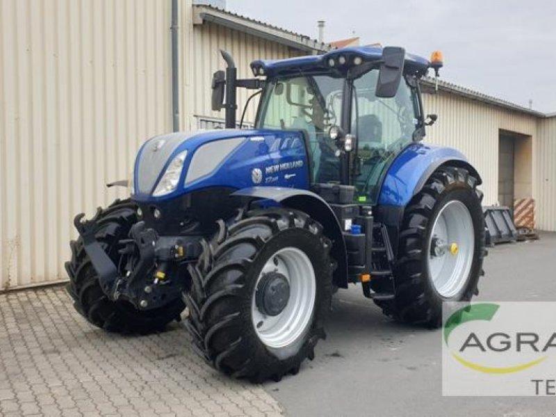 Traktor des Typs New Holland T 7.225 AUTO COMMAND, Gebrauchtmaschine in Grimma (Bild 1)