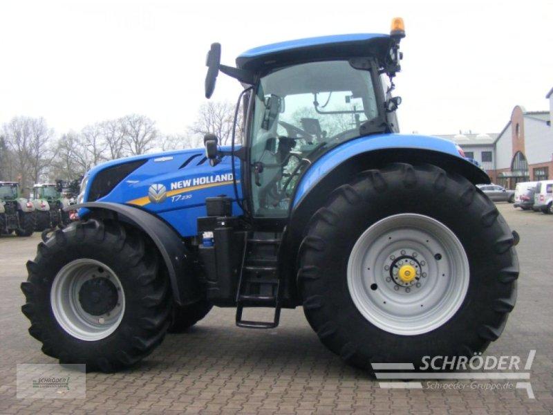 Traktor des Typs New Holland T 7.230 AutoCommand, Gebrauchtmaschine in Lastrup (Bild 1)