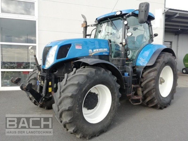 Traktor типа New Holland T 7.250 AC, Gebrauchtmaschine в Boxberg-Seehof (Фотография 1)