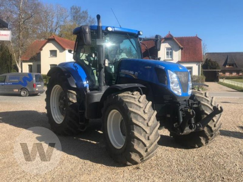 Traktor des Typs New Holland T 7.250 AC, Gebrauchtmaschine in Niebüll (Bild 1)