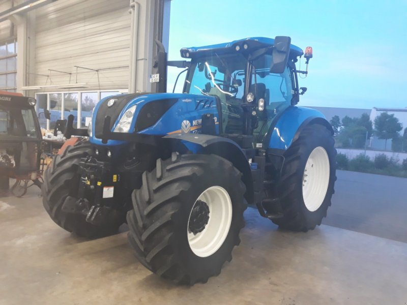 Traktor типа New Holland T 7.270 AC, Gebrauchtmaschine в Miltach (Фотография 1)