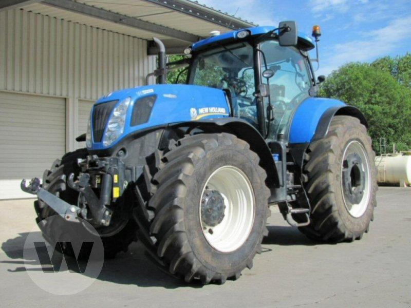 Traktor des Typs New Holland T 7.270 AC, Gebrauchtmaschine in Kleeth