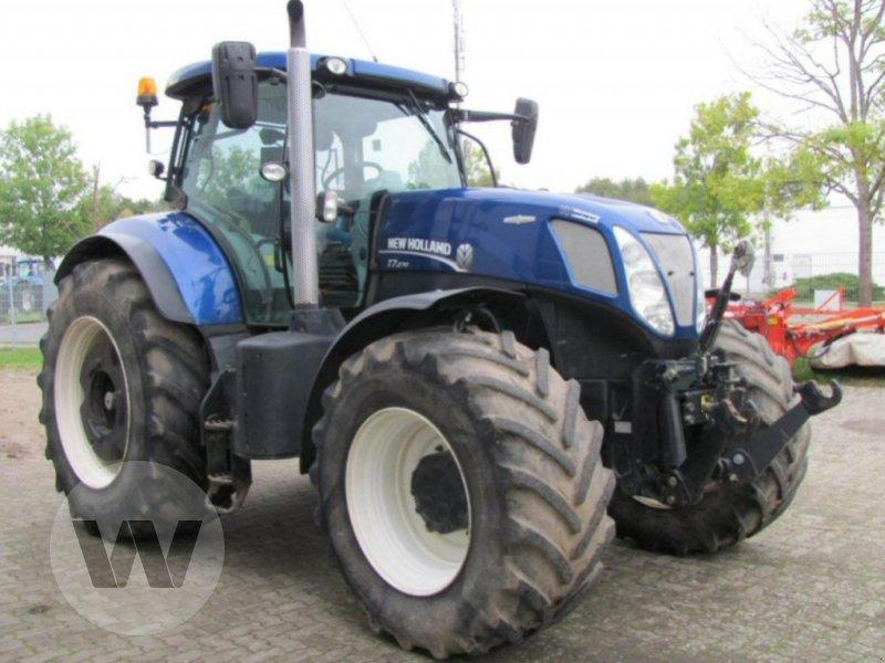 Traktor des Typs New Holland T 7.270 AC, Gebrauchtmaschine in Bützow (Bild 2)