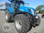 Traktor des Typs New Holland T 7.270 AC in Niebüll