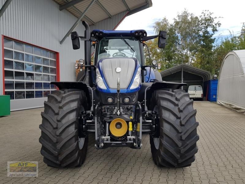 Traktor des Typs New Holland T 7.315 AC Blue Power, Neumaschine in Teublitz (Bild 3)