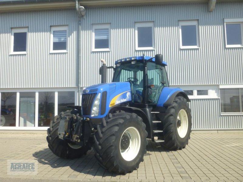 Traktor des Typs New Holland T 8020, Gebrauchtmaschine in Salching bei Straubing (Bild 1)