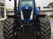 Traktor des Typs New Holland T 8030, Gebrauchtmaschine in ORSONVILLE