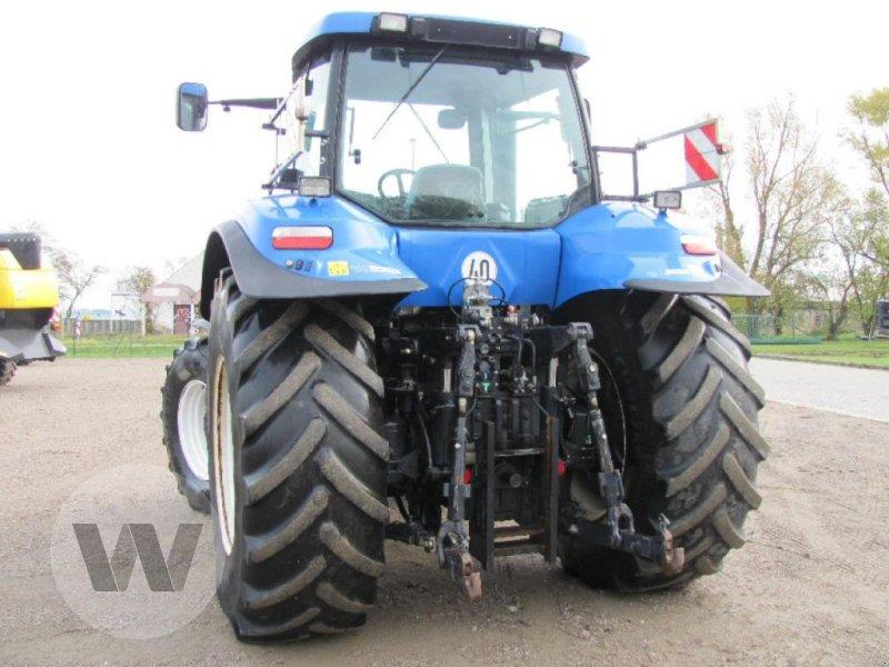 Traktor des Typs New Holland T 8040, Gebrauchtmaschine in Kleeth (Bild 3)