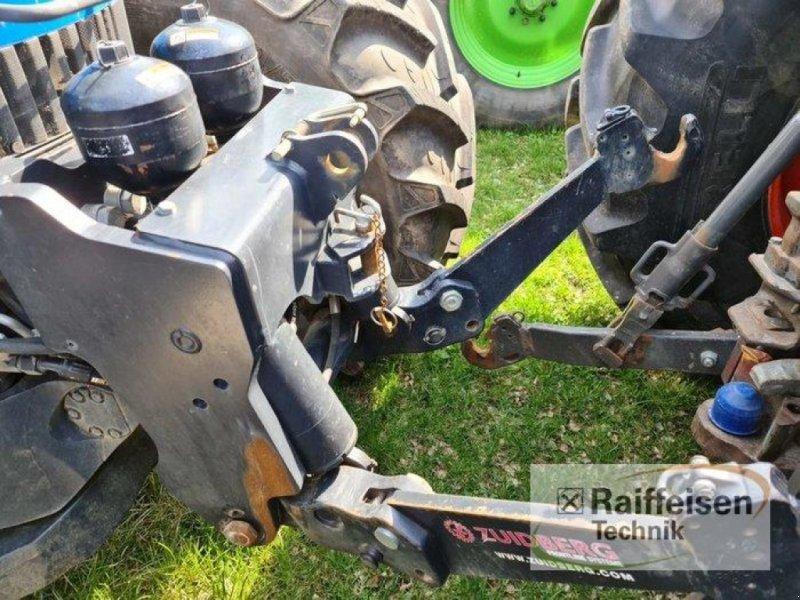 Traktor des Typs New Holland T 8040, Gebrauchtmaschine in Kruckow (Bild 6)
