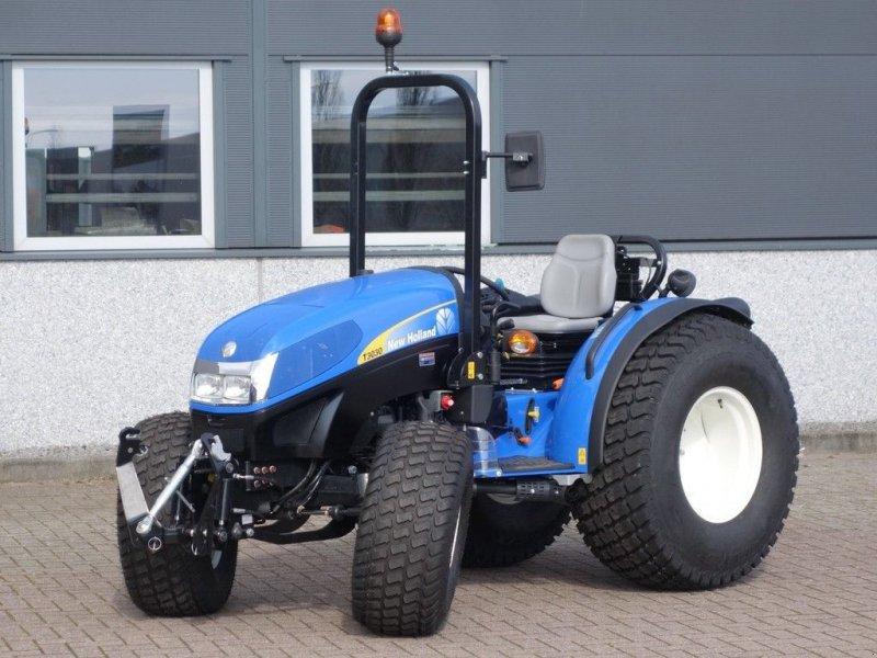 Traktor a típus New Holland T3030 4wd / 00008 Draaiuren / Fronthef + PTO, Gebrauchtmaschine ekkor: Swifterband (Kép 1)