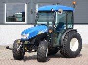 New Holland T3030 4wd / 01463 Draaiuren / Fronthef Тракторы