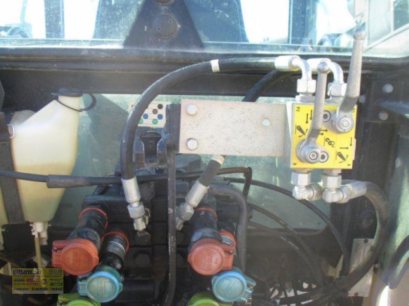 Traktor des Typs New Holland T4020 DeLuxe & Supersteer, Gebrauchtmaschine in Eferding (Bild 4)