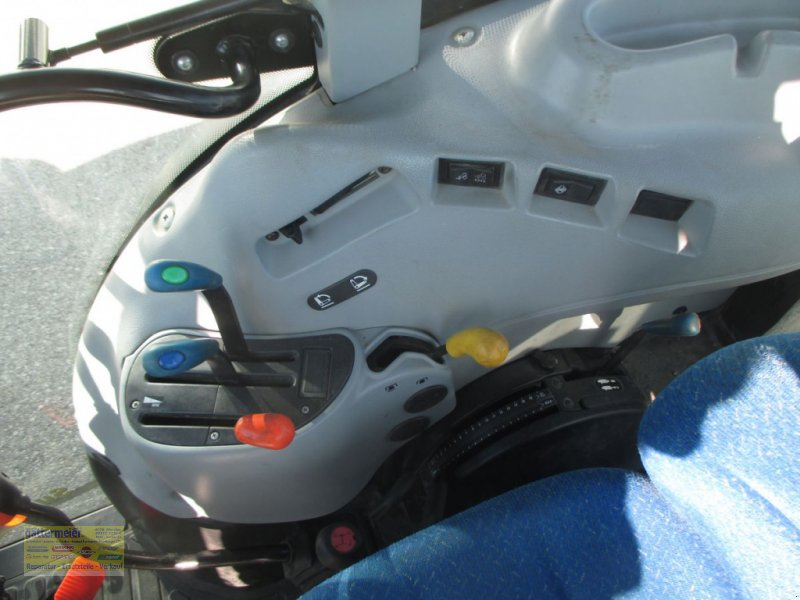 Traktor des Typs New Holland T4020 DeLuxe & Supersteer, Gebrauchtmaschine in Eferding (Bild 7)