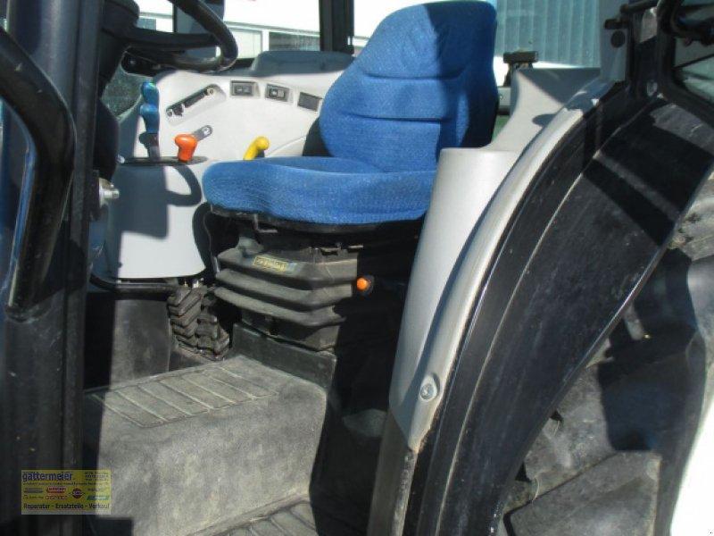 Traktor des Typs New Holland T4020 DeLuxe & Supersteer, Gebrauchtmaschine in Eferding (Bild 6)
