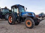 Traktor типа New Holland T4030F, Gebrauchtmaschine в Bray En Val