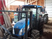 New Holland T4040 Traktor