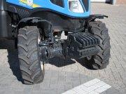 Traktor типа New Holland T4.110N, Gebrauchtmaschine в BENNEKOM